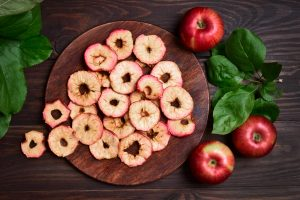 thin slices of apple
