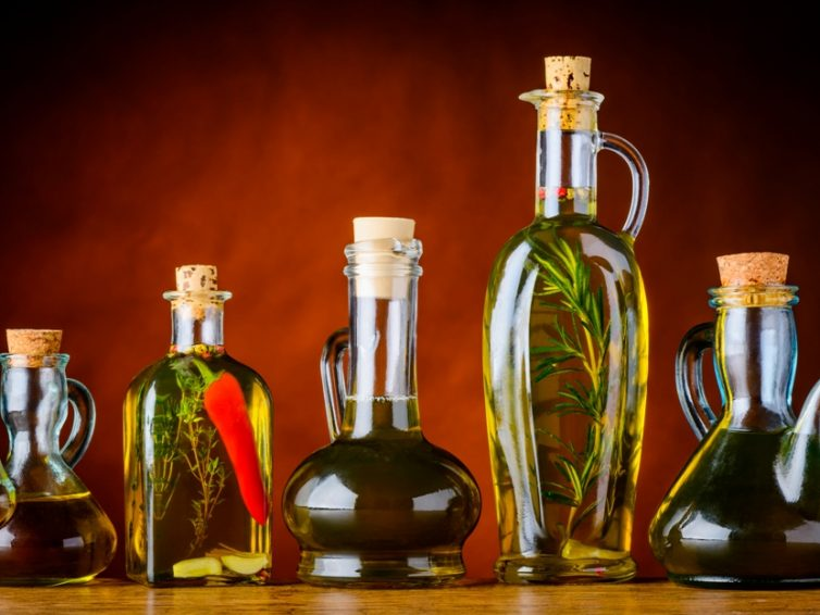 10 Best Substitutes For Vegetable Oil– Some May Surprise You