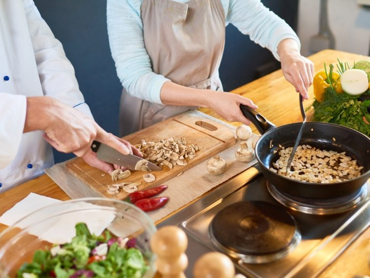 10 Best Cooking Tips I Learned In Culinary School