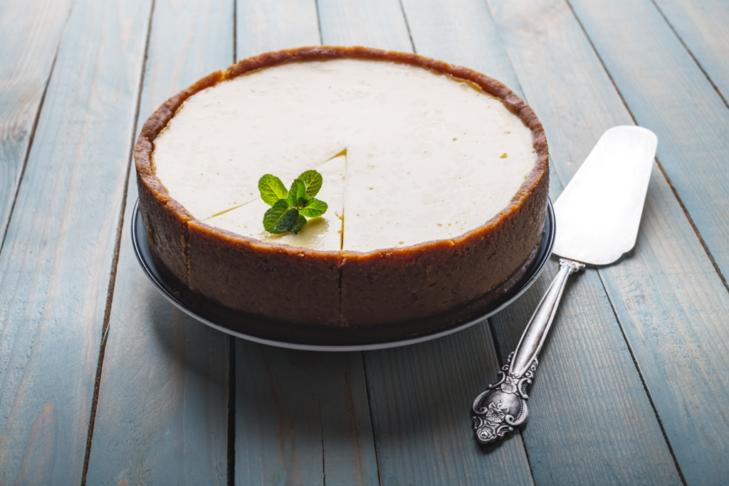 Slow-Cooker Classic Cheesecake